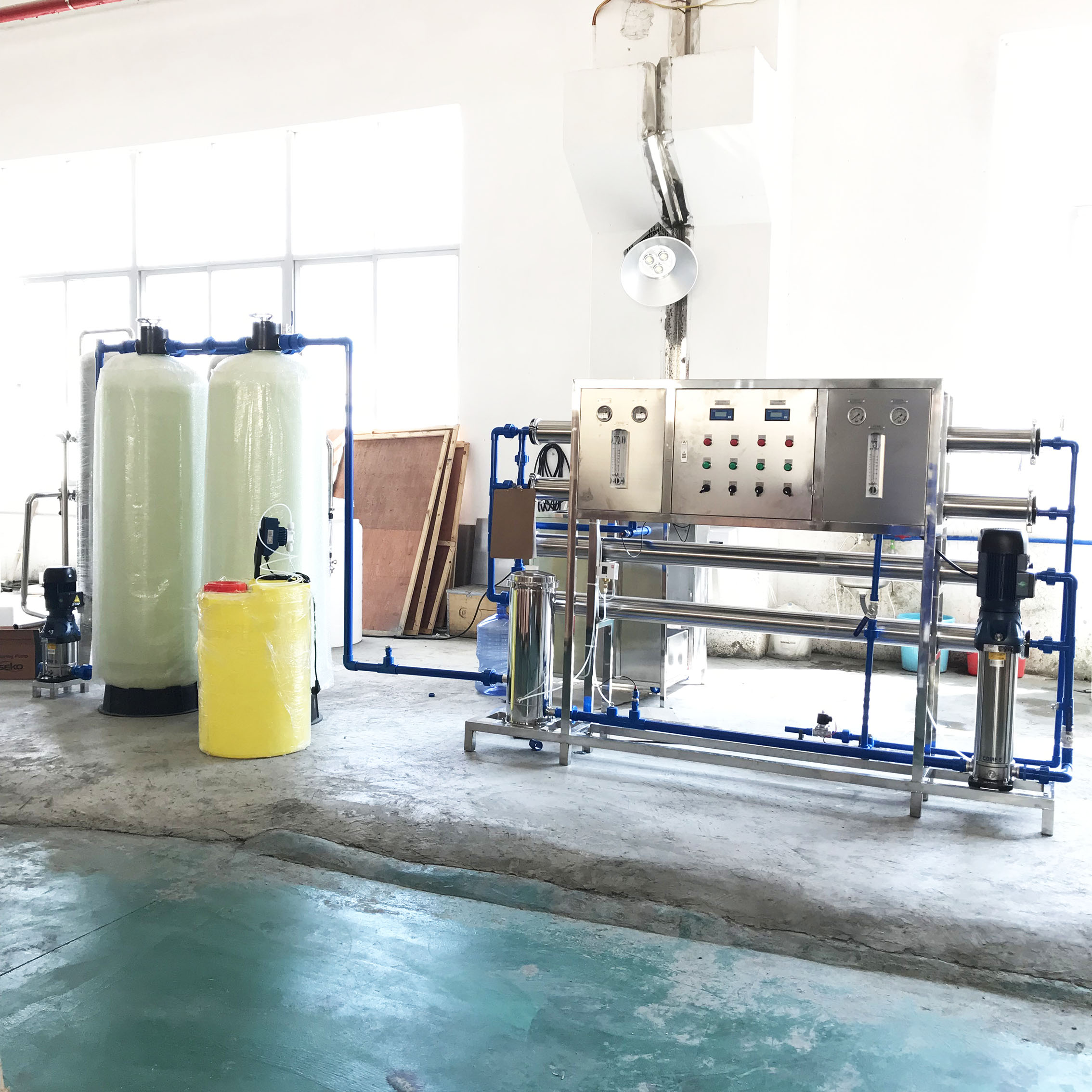 2000L/H RO Water system with dosing device