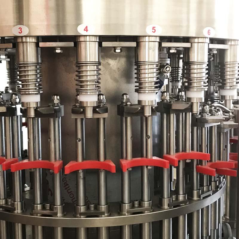 Filling nozzles